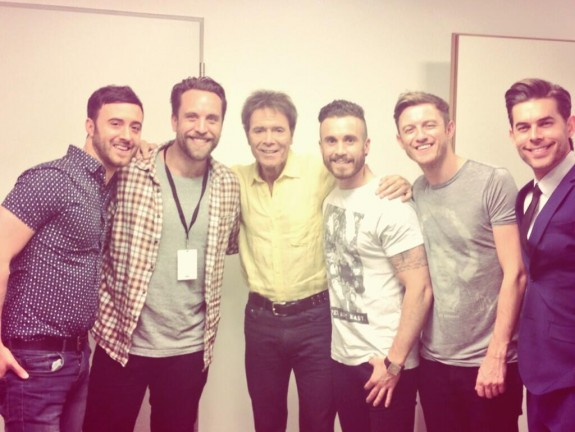 The Overtones with Sir Cliff Richard 30.5.2014